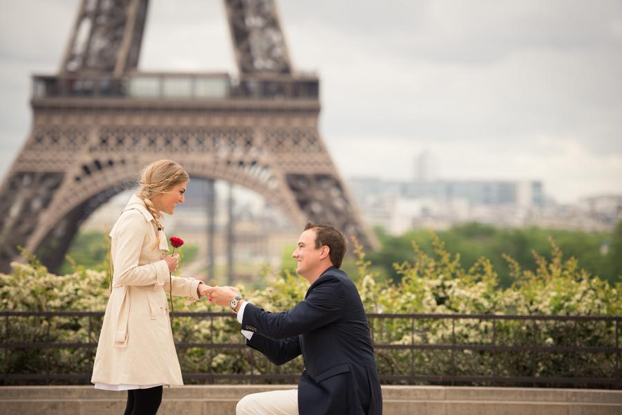 Paris Eiffel Tower Proposal (4)
