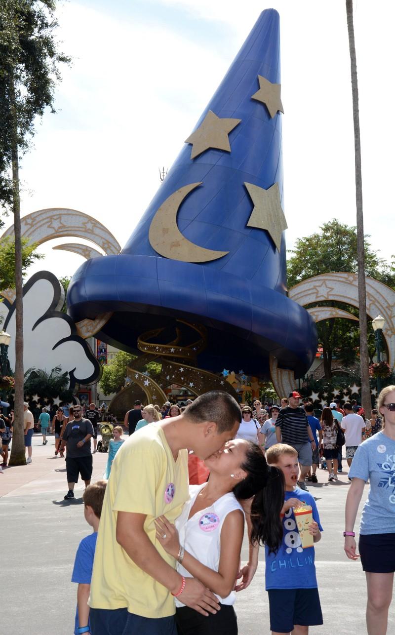 Disney 2-site