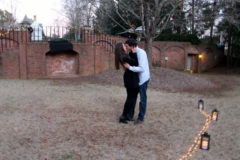 Emily and Chandler Surprise Marriage Proposal (4) (800x533)