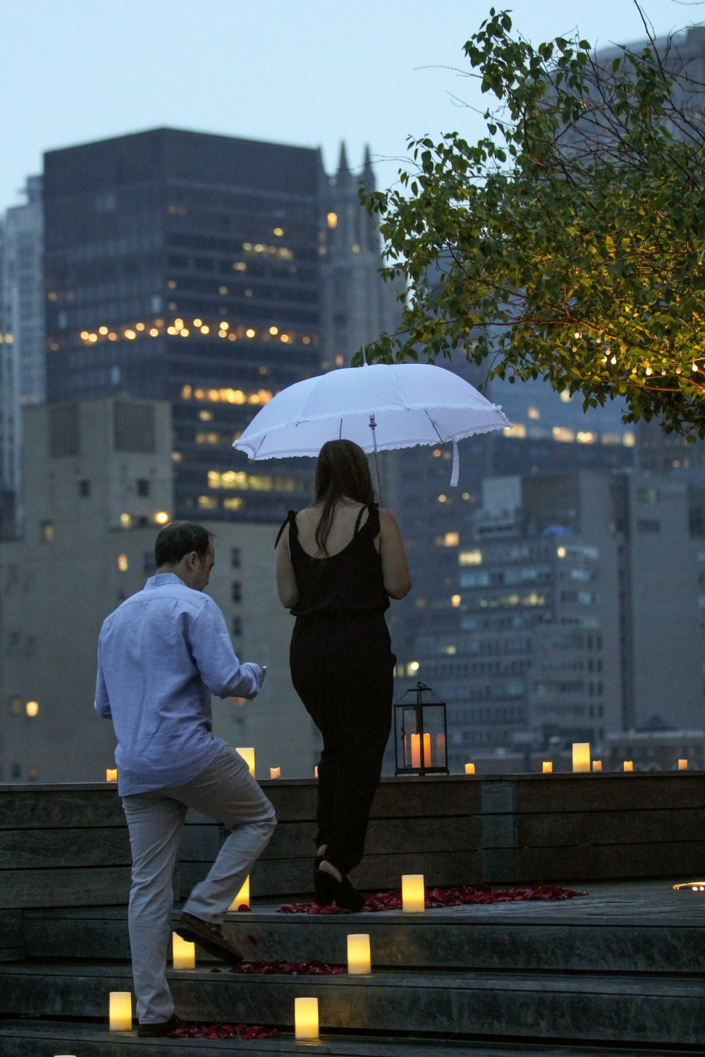 Romantic New York City Rooftop Proposal (2)