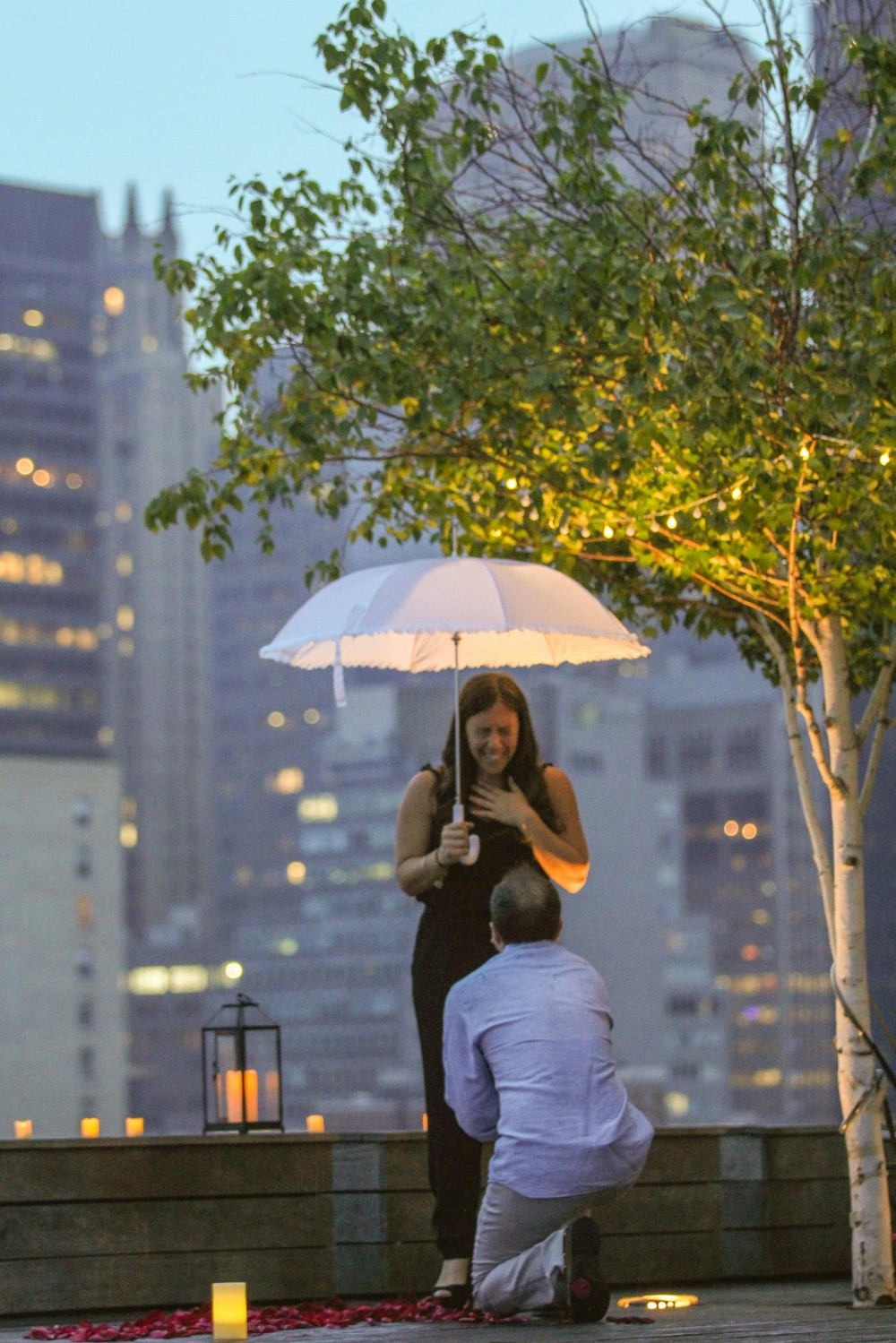 Romantic New York City Rooftop Proposal (6)