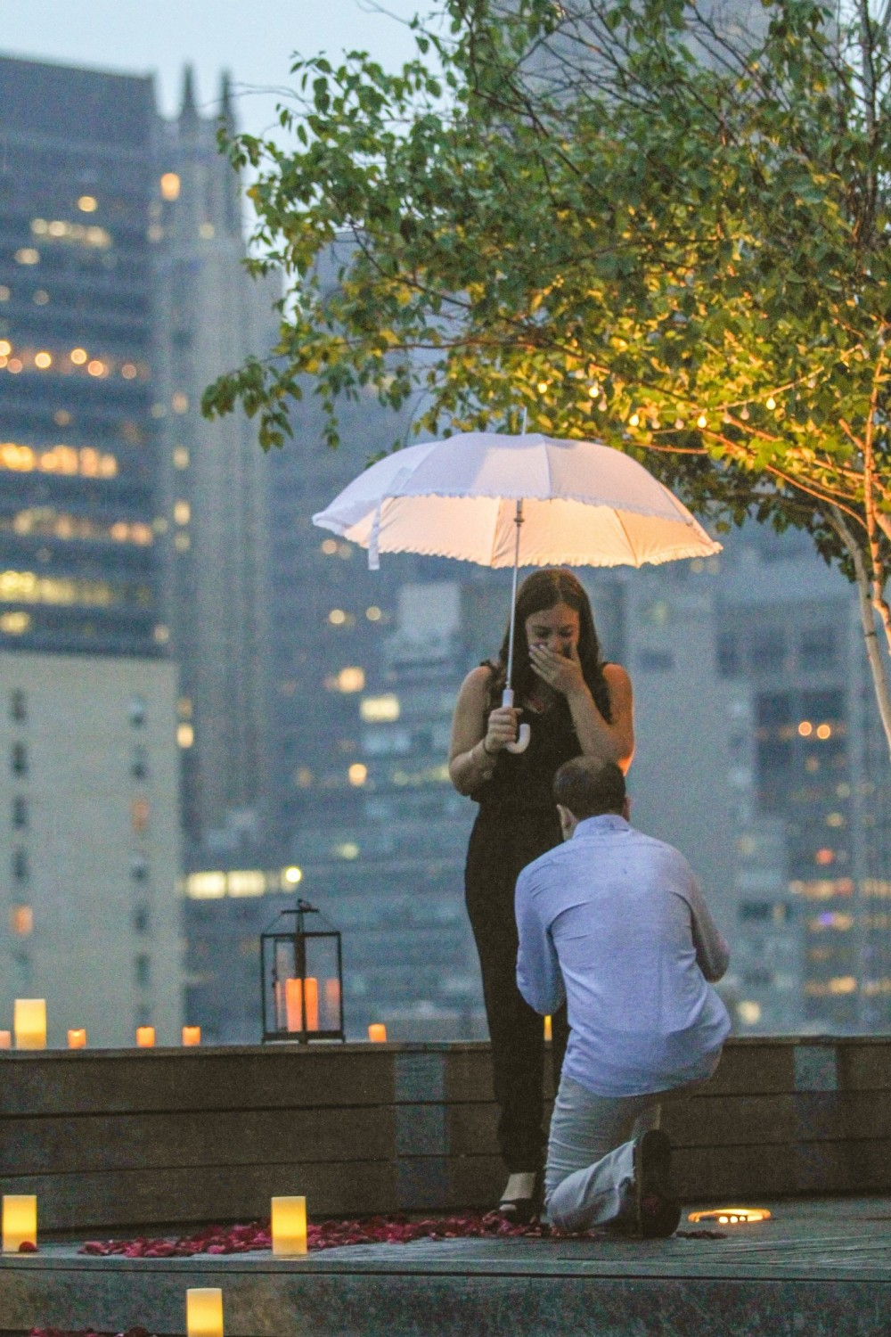 Romantic New York City Rooftop Proposal (7)