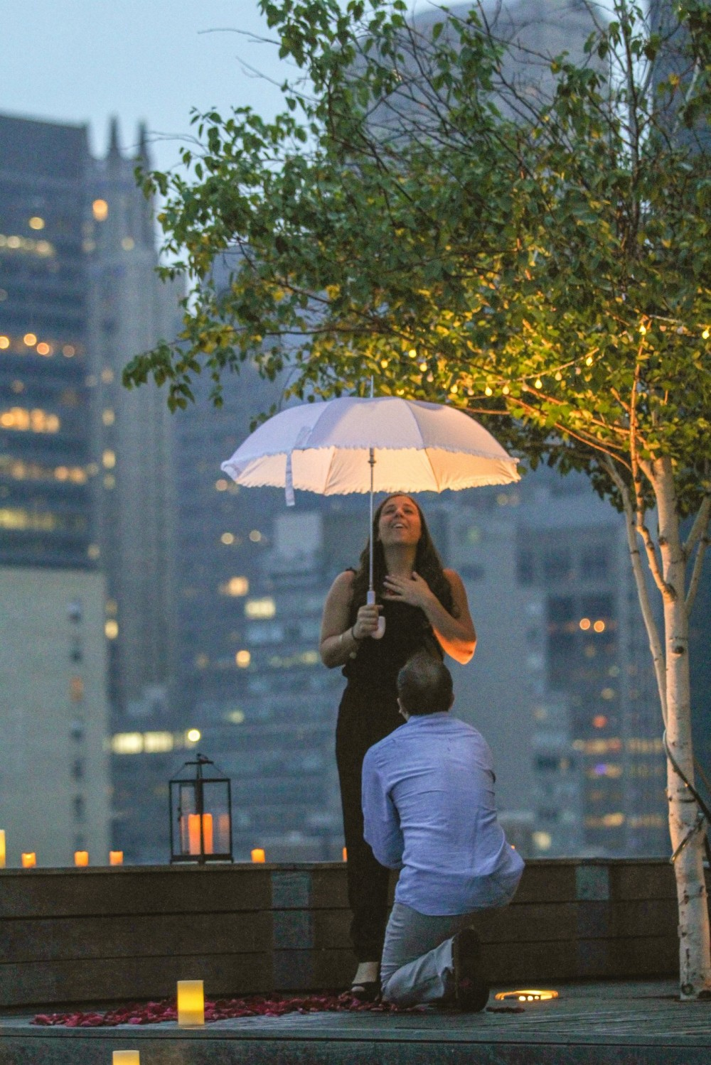 Romantic New York City Rooftop Proposal (9)