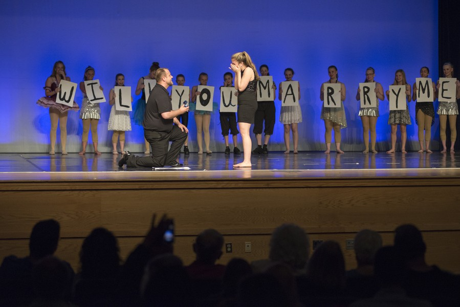 high school marriage proposal_Proposal33_low