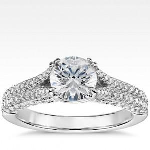Heirloom Pavé Diamond Engagement Ring