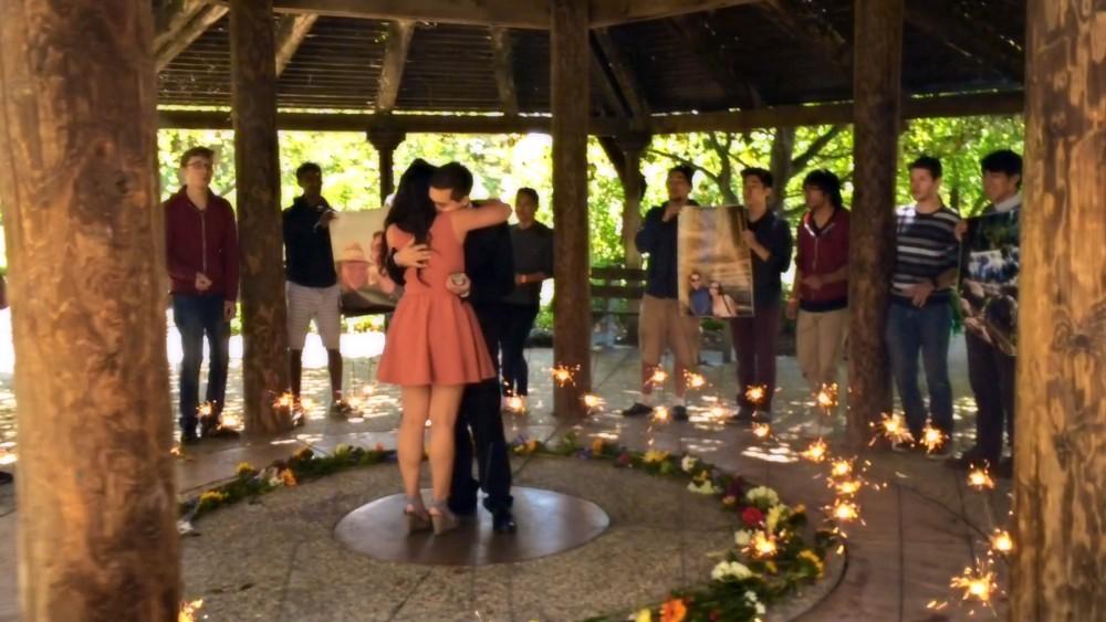 Acapella Surprise Marriage Proposal at Gazebo_3