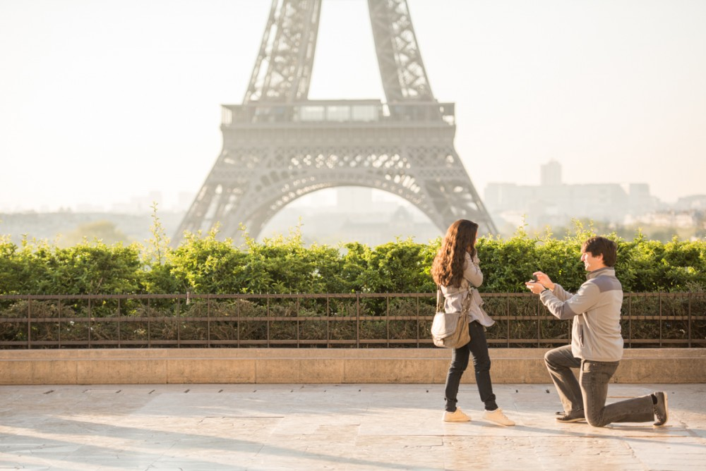 Romantic Marriage Proposal in Paris_4