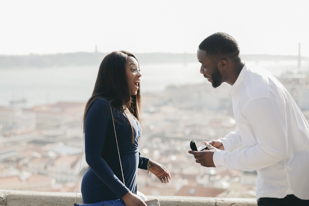 flytographer-lisbon-proposal-love-couple (2)