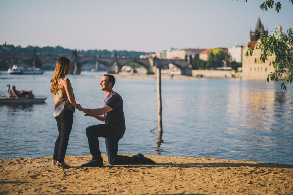 Image 3 of Natalie and Paolo's Proposal in Prague