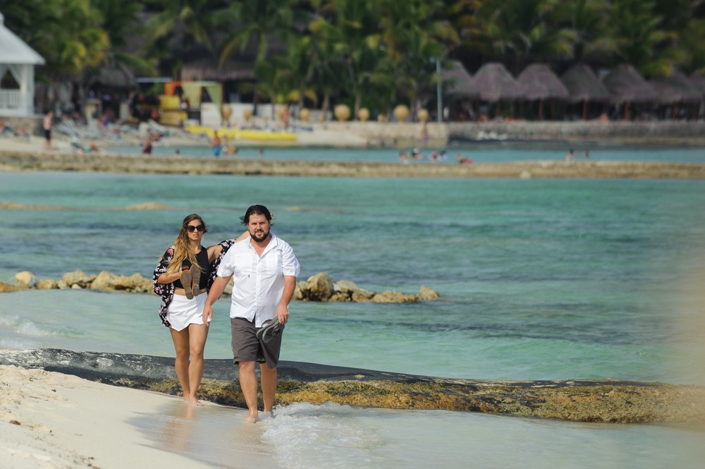 Image 1 of Alesha and Scott's Proposal in Riviera Maya