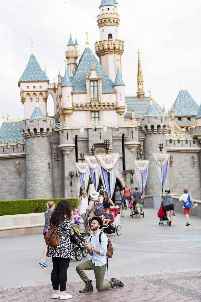 Disneyland-Scavenger-Hunt-Proposal-13