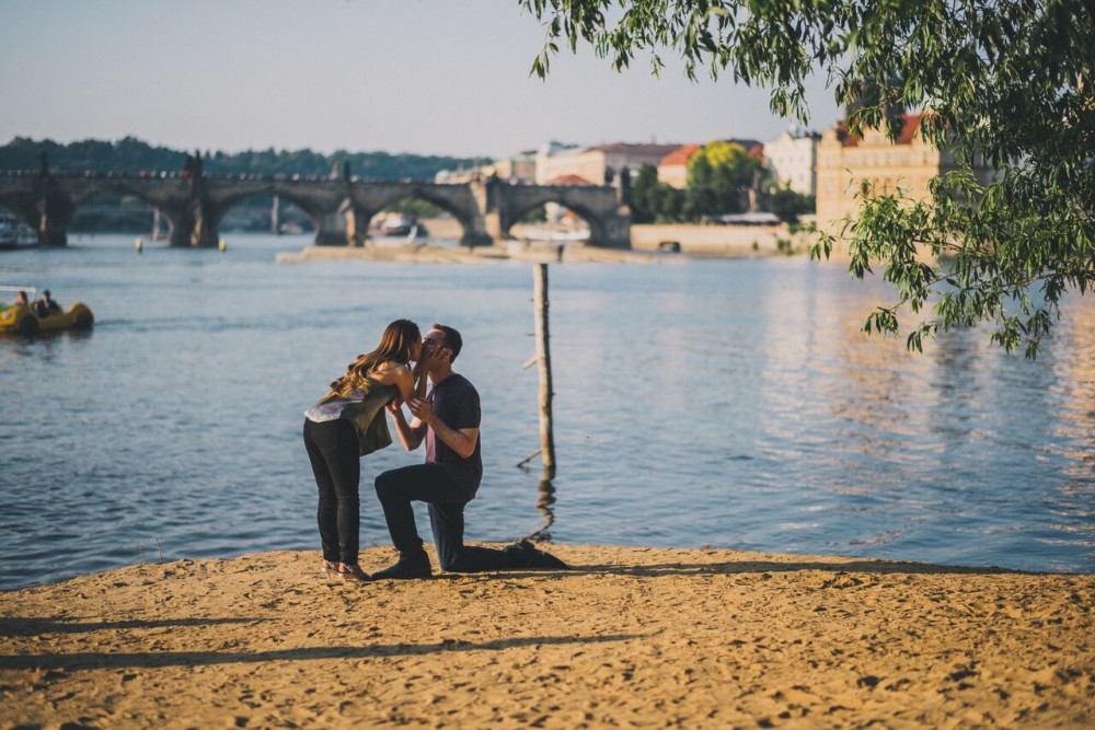 Image 4 of Natalie and Paolo's Proposal in Prague
