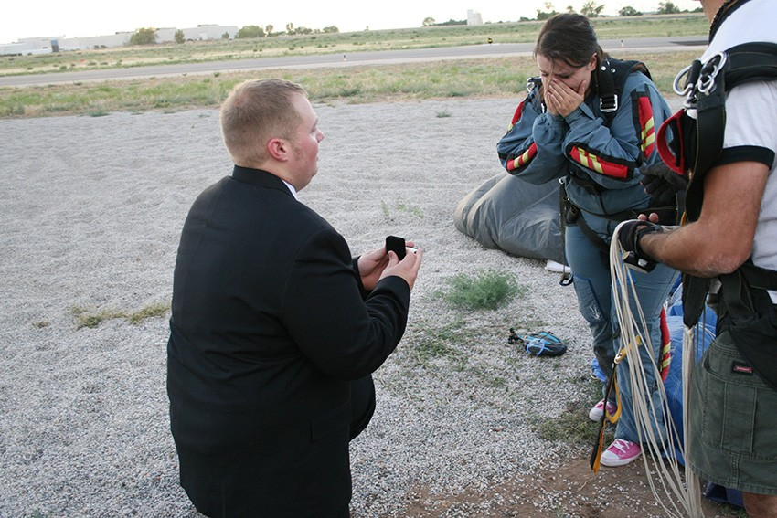 Image 4 of RaeAnne and Daniel's Skydiving Proposal