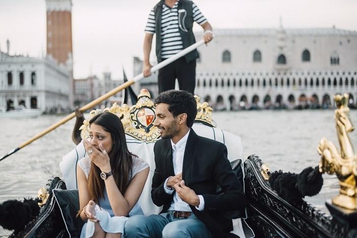 Image 4 of Jes and Nihal's Venice Gondola Proposal
