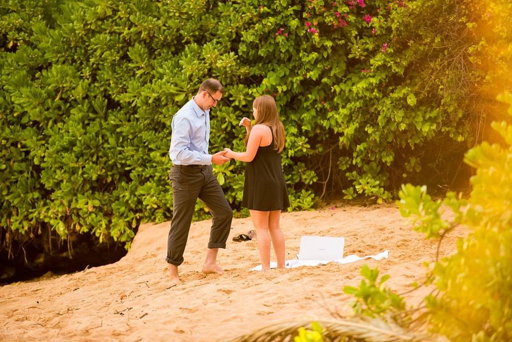 Makena Cove Proposal -  Maui Proposal Photographer_0007