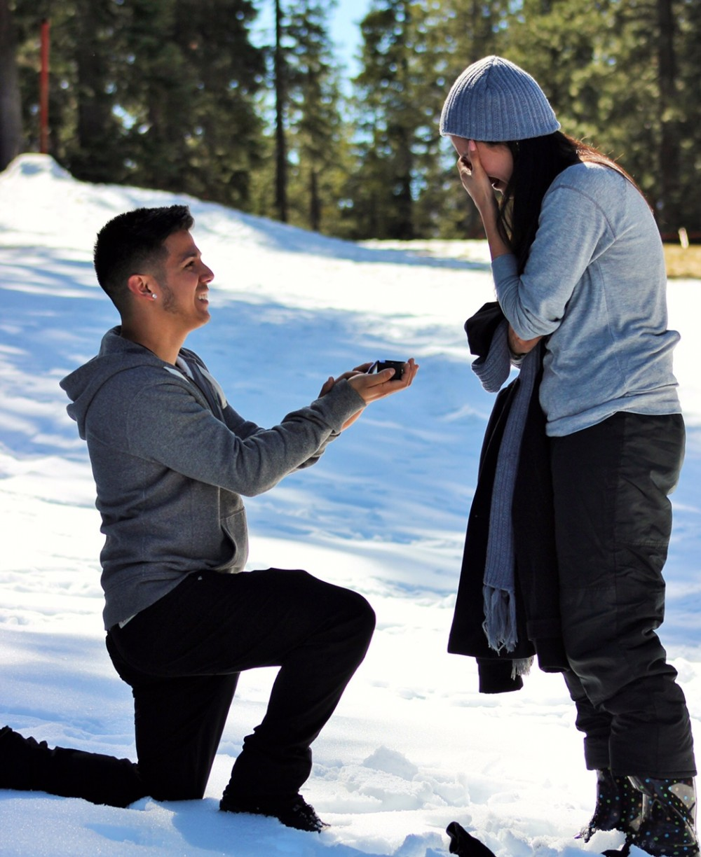 Image 2 of Araceli and Simon's Snowy Proposal