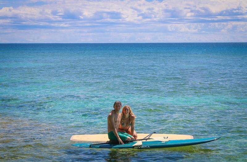 Taryn and John Surprise Marriage Proposal on Kayak (4)RS