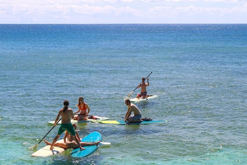Taryn and John Surprise Marriage Proposal on Kayak (6)RS