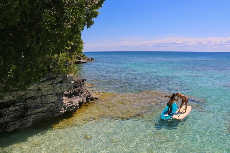 Taryn and John Surprise Marriage Proposal on Kayak (7)RS
