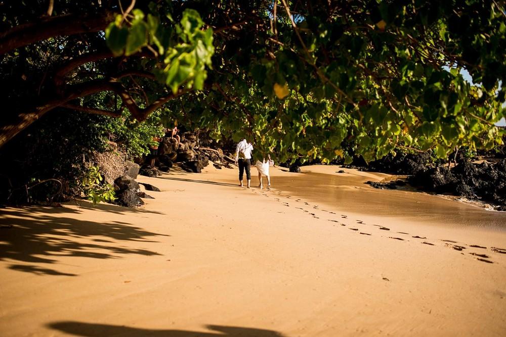 Wailea Maui Proposal Photographer - Engaged on Maui_0002