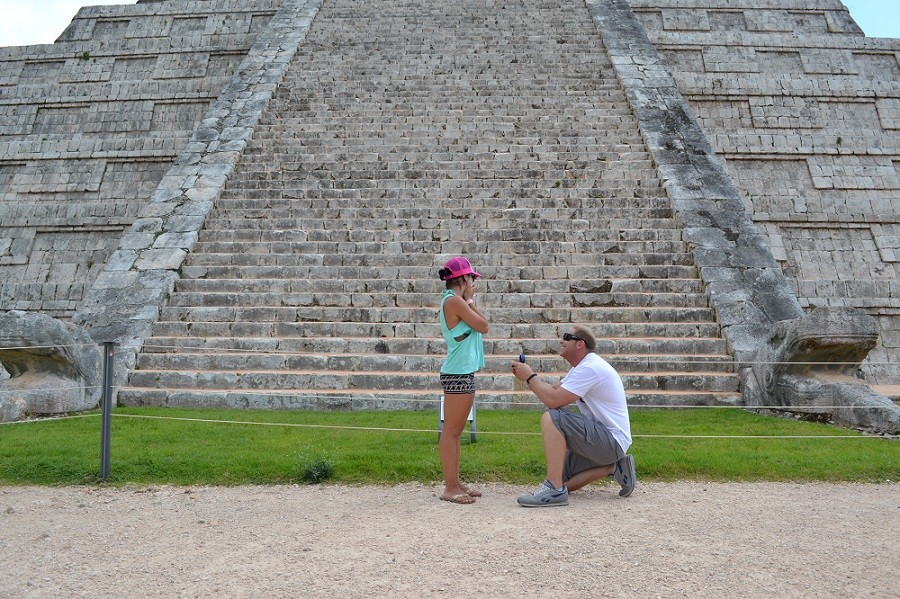 Marriage Proposal in Cancun