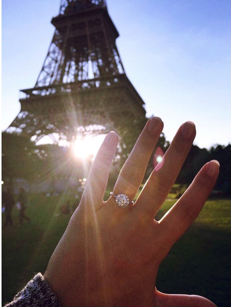Bride's Proposal in Paris