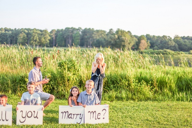 Image 8 of Carla and Daniel's Surprise Proposal During a Family Photoshoot