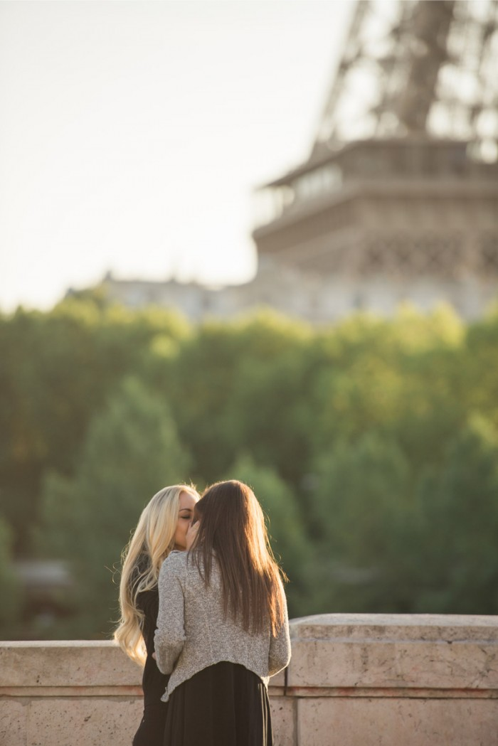 How she asked same sex proposal idea in paris10
