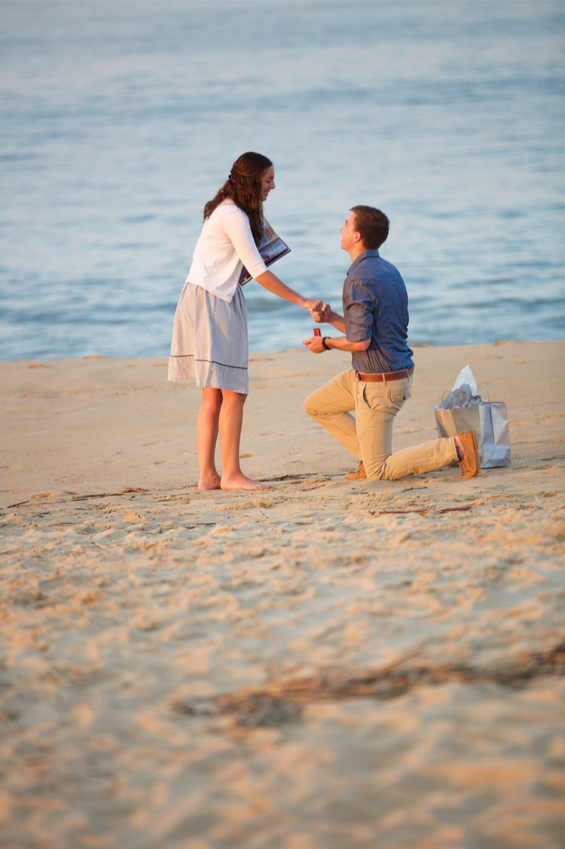 Stacey and Trevor Surprise Marriage Proposal on the Beach (5)