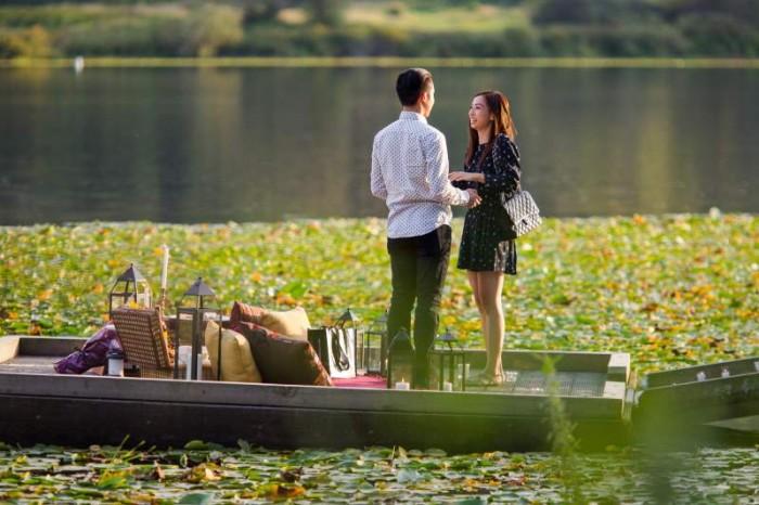 Image 5 of Jennifer and Colin's Dockside Proposal