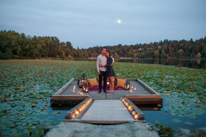 Image 15 of Jennifer and Colin's Dockside Proposal
