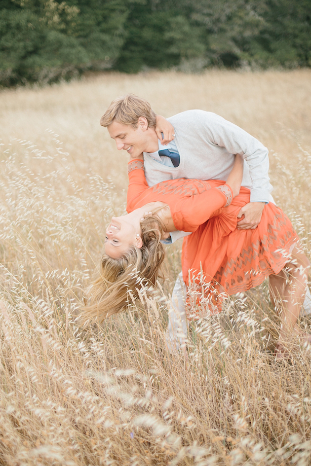 Image 1 of What to Wear for your Engagement Shoot (and How to Pose!)