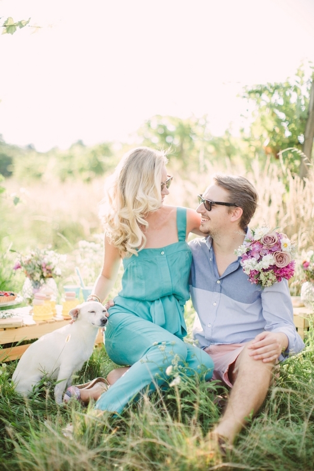 2 What To Wear for an Engagement Shoot _ Bridal Musings Wedding Blog