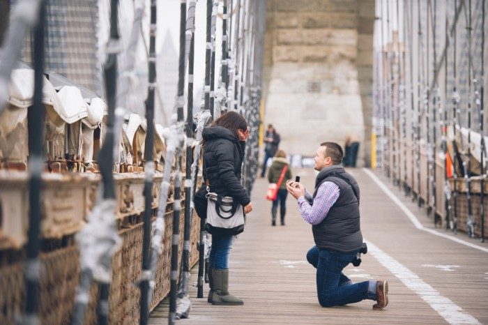 Brooklyn bridge marriage proposal (5)