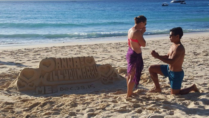 Image 2 of 15 Beach Proposal Ideas: For Your Sandy Marriage Proposal this Summer