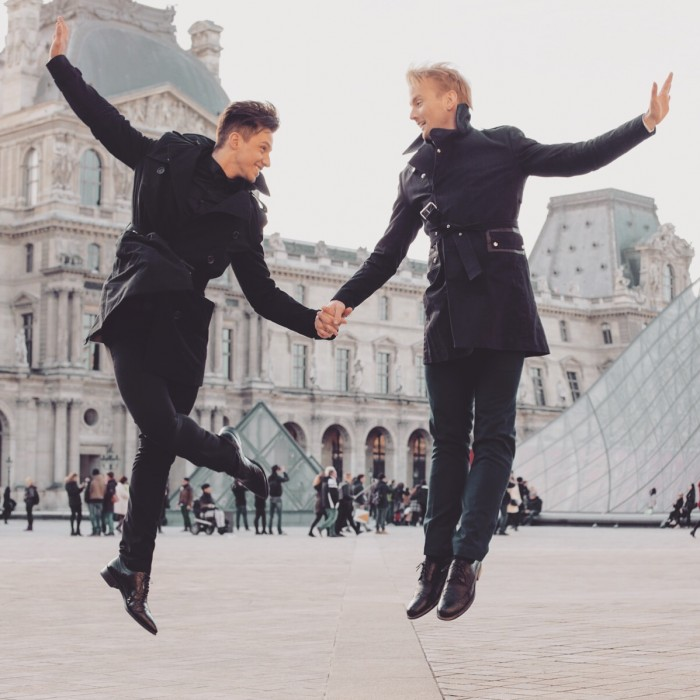 Louvre Jumping