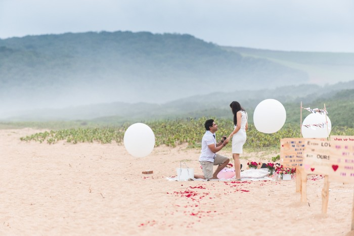 Image 9 of Sue and Shival's Romantic Beach Proposal