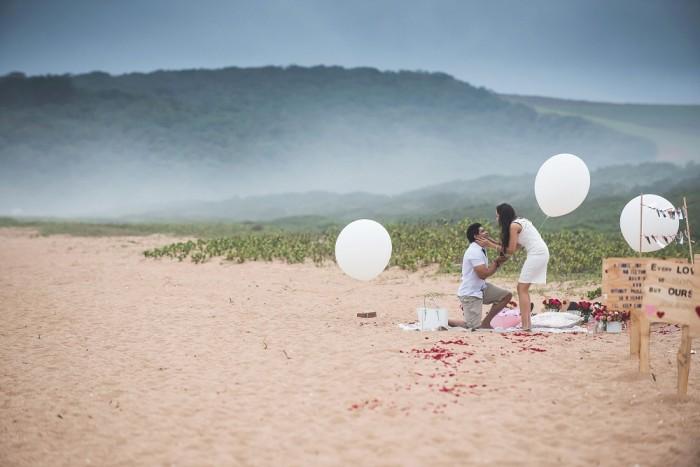 Romantic Beach Proposal (11)