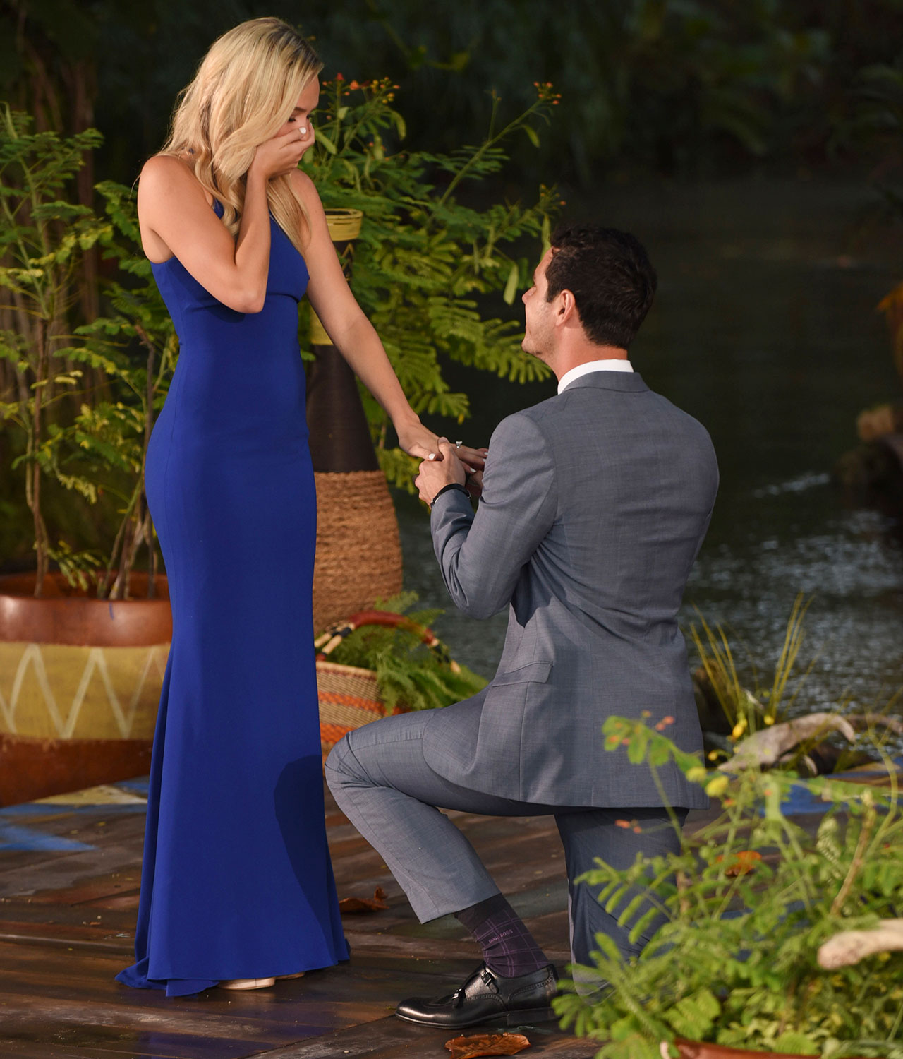 Have The Celebrity Worthy Proposal Of Her Dreams