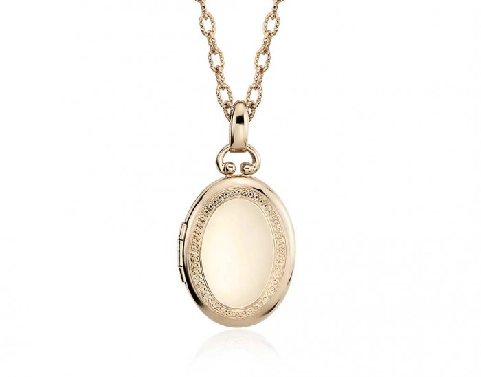 Image 12 of 15% off Mother's Month Jewelry from Blue Nile