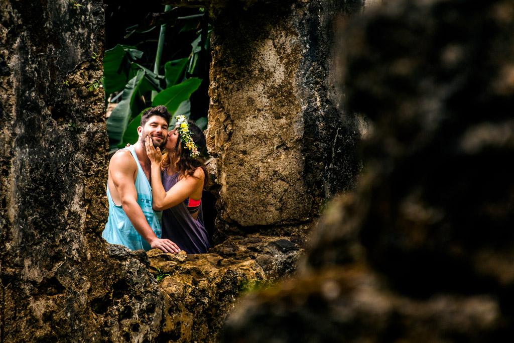 Scott & Megan Ruins in Hawaii