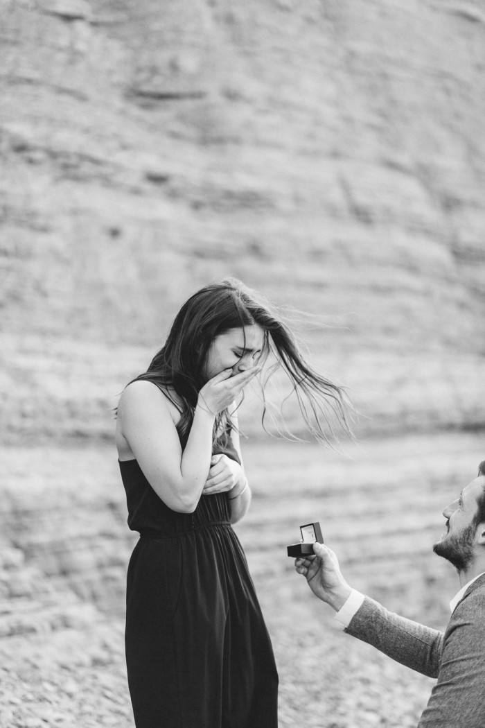 Tjasa_Gregor_zaroka_surprise_proposal_Strunjan_cliff_engagement-22