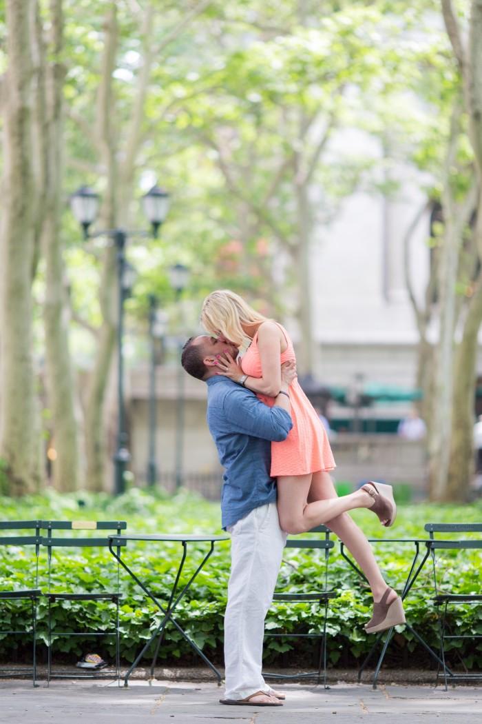 Image 2 of Elizabeth and Michael's Amazing Bryant Park Flash Mob Proposal
