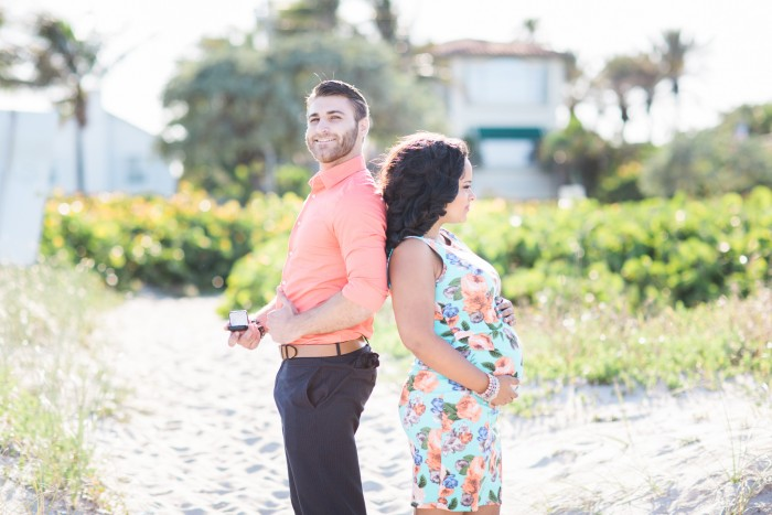 Maternity Shoot Marriage Proposal