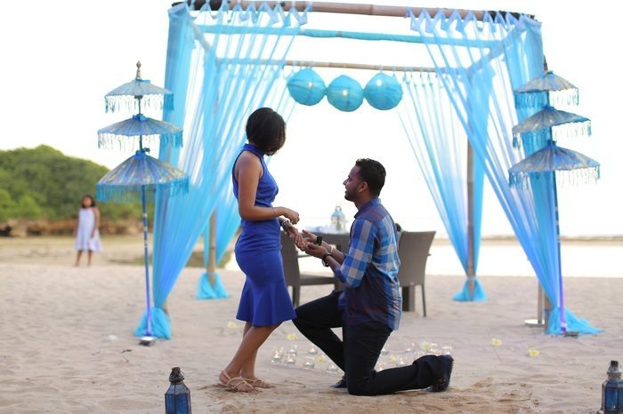 Image 9 of 15 Beach Proposal Ideas: For Your Sandy Marriage Proposal this Summer