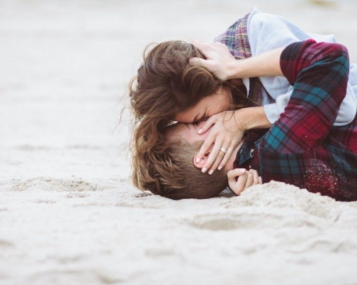 Image 8 of 15 Beach Proposal Ideas: For Your Sandy Marriage Proposal this Summer