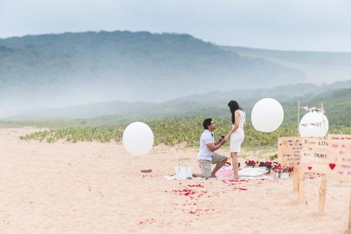 Image 10 of 15 Beach Proposal Ideas: For Your Sandy Marriage Proposal this Summer