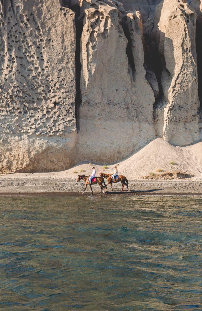wedding proposal in Santorini