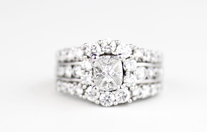 Image 2 of Here's How Amazing Refurbished Engagement Rings Can Be