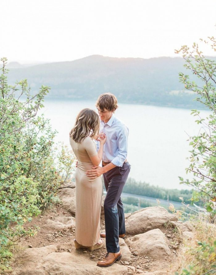 Wedding Proposal Ideas in Angel's Rest Trail-Colombia River Gorge